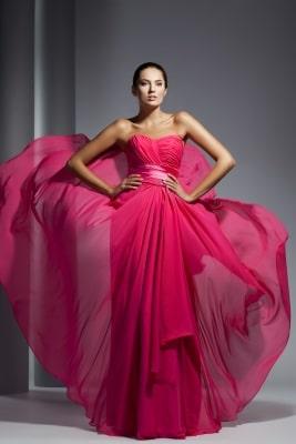 feminines pinkes Abendkleid lang